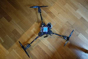 三旋翼無人機Tri-copter