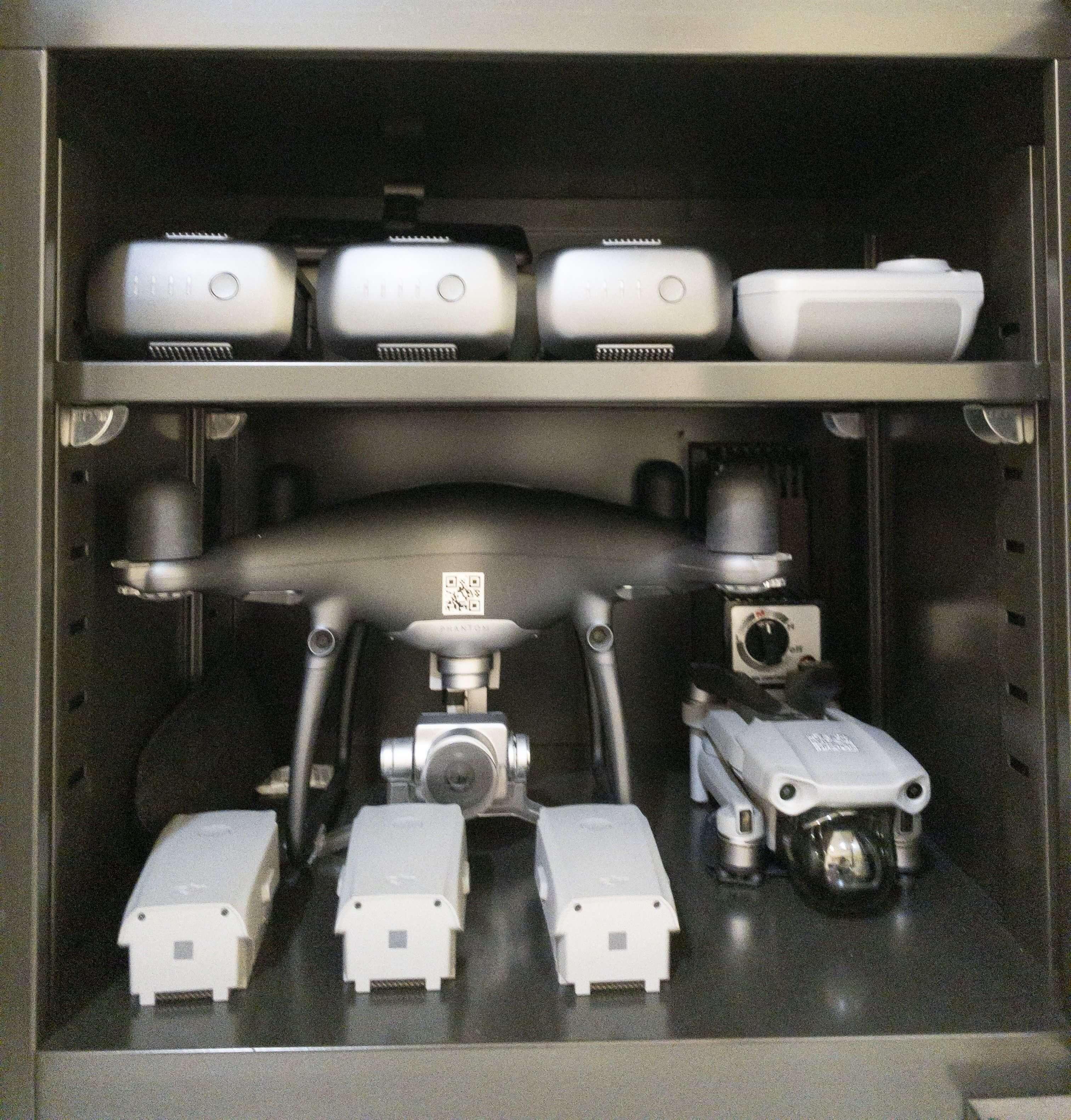 空拍機電池-防潮箱
